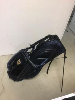 Nike Golf Stand/Carry  Bag, UofMICHIGAN emblem ,rainCover,4p