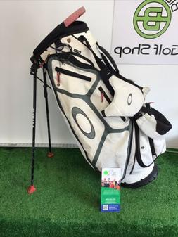 Oakley Golf Stand / Carry Bag W/ Rain Hood