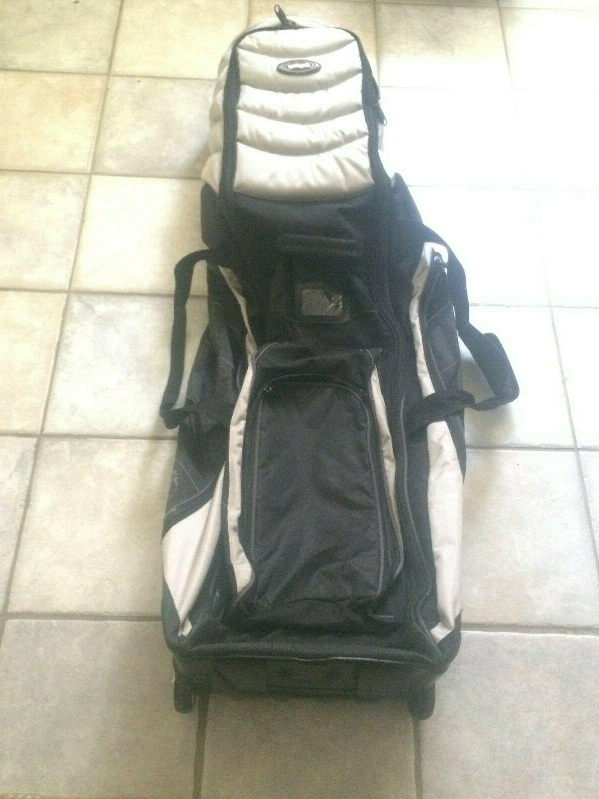 golf bag in excellent condition black silver